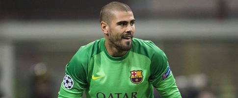Bayern Munich boss Guardiola targets Barcelona keeper Valdes
