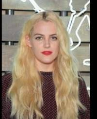 riley keough rumored to have stolen jennifer lawrence's man.
